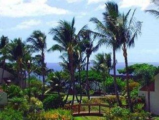 Spacious & Exceptional Value! Tropical Garden & Ocean View!