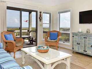 Oceanfront condo in Duck! Stunning sunrises and unobstructed sea views!