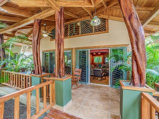 Playa Guiones Luxury Private Home W/Pool, Easy Walk To Beach & Town, Section G