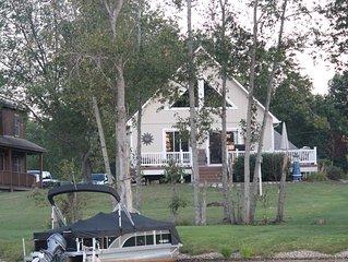 Beautiful, cozy cabin on the lake
