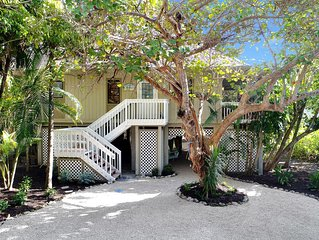 Journey's end on Captiva Island! Steps to village and beach.$500 off Apr 22-29 !