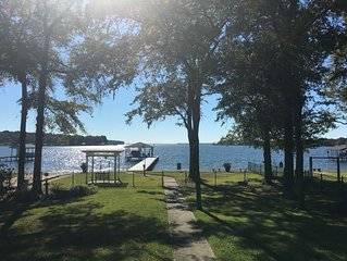 New Listing - Perfect Lake Retreat - Escape to Relaxation and Fun Lake Living