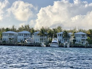 Tropical Waterfront retreat on Treasure Cay Marina