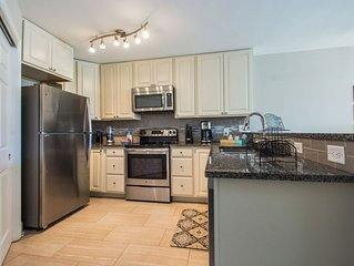 Fully Renovated And Smartly Decorated - Great Value Minutes From The Beach!