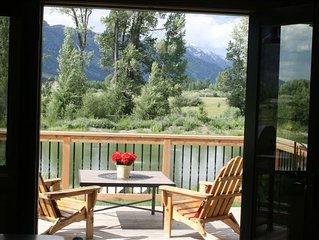 Fun Cabin, Teton & Pond Views, Horses, Goats, Wildlife; Fall and Winter Dates