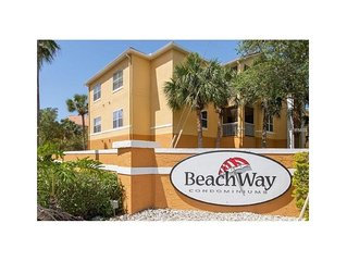 LUXURY CONDO 5 MIN To BEACH/PARADISE!