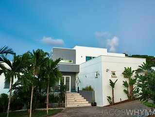 Contemporary  Waterfront Luxury Estate (Views,Pool,Ac,Gym,Gen)