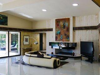 Unique RockStar 4bd Exquisite Estate perfect for Coachella, BNP Tennis, StageCoa