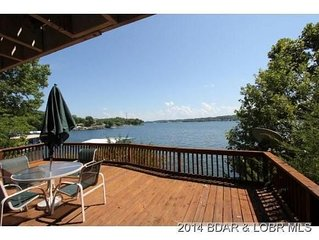 Lake Front charmer with main channel views!