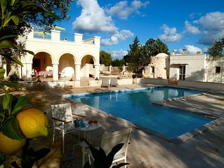 Beautiful Character Villa and Trullo in Ostuni Olive Grove with Private Pool