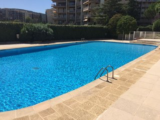 Superb 4-star 2-room ground floor apartment with terrace & large pool