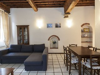 Charming apartment in the heart of Lucca's Historical centre. A/C and WiFi