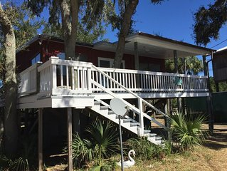 Open Gulf, Private Dock, Screened Porch, front deck, awesome views, location++++