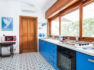 Attico graziosissimo con terrazzo in villa vicino al mare e CONI tra Rom e Nap