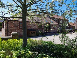 Modern Barn Conversion on Yorkshire Wolds perfect for North York Moors & Coast