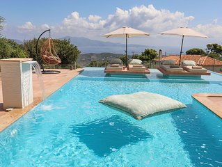 ANGIO VILLAS SPA WITH HYDROTHERAPY POOL
