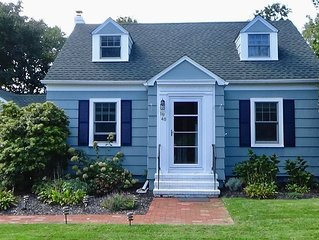 Southold Getaway: Walk to Beach and Town!