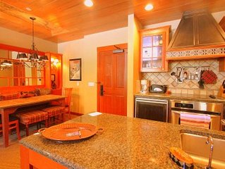 Beautiful Ski-In/Out 2BR Condo in the Heart of Squaw Village