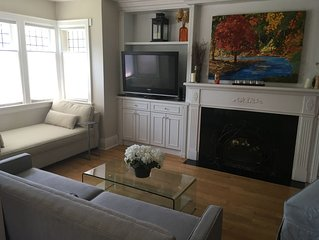 Beautiful 3 bedroom Home in Family Community with Parking