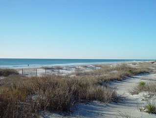 Oceanfront Topsail Beach With Community Pool, Private Beach Access