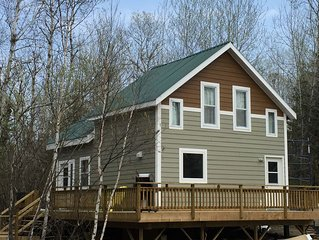 Solar Living, In This Off-The-Grid Wilderness, Lake Cabin, Close To Kenora, On.