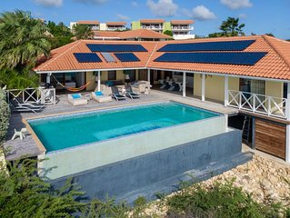 Great Familiy-Friendly Waterfront Villa In Very Luxury Resort On Curacao