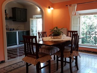 ' Puccini '... lovely apartment with A/C in the Historical Centre of Lucca