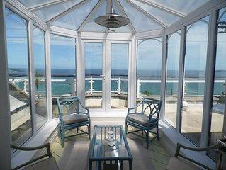 Seaside Penthouse Apartment Boasting Spectacular Sea Views