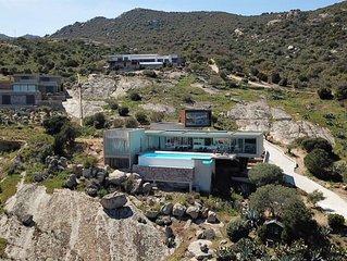 Belle villa contemporaine avec piscine à débordement, Vue mer...