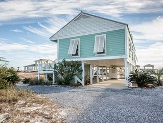 Sandy Bottoms! Beach Front! Best Beach! 5 Star Reviews! No Hidden Fees!