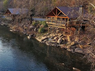 Two River Houses- Hot Tub, Pool Table- 400' Water- Sleeps 16- Privacy