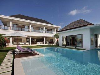 Stunning Rice Field View 5 Bedroom Villa Canggu