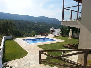 Beautiful villa with garden, pool and mountain views and the olive grove!