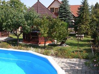 Ferienhaus zur alleinigen Nutzung mit Pool in ruhiger Lage