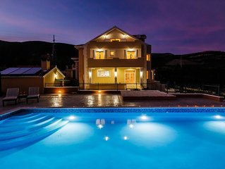 Beautiful  Villa in rural area with 72m2 swimming pool  and amazing sea views