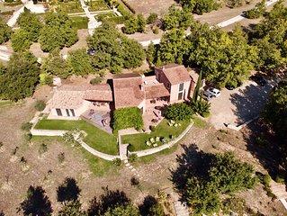 MAGNIFIQUE MAISON   vue degagee sur Villages perches  Goult,Roussillon,Menerbes