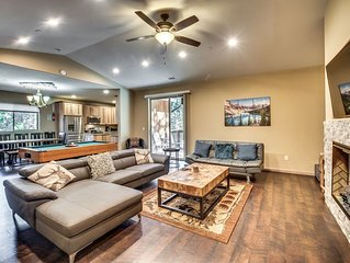 Gorgeous 2017 ranch you deserve and close to Yosemite. Free Car Charging on site