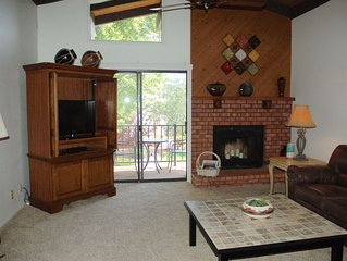 Sedona 3BR 2 Bath Condo with Hot Tub, Pool ,Tennis Courts