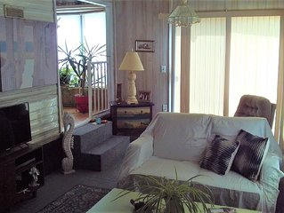 1/1 can sleep 2/Park Model, Fully Furnished, clean, linens, W/D, Utilities incl.