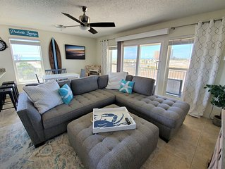 Winter prices lowered! Gulf & Sound View, clean, pool, steps to beach access!