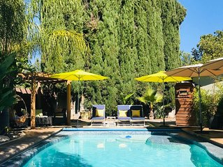 Tranquil guesthouse w. views & access to heated pool, hiking around the corner
