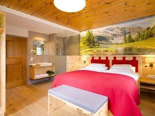 Doppelzimmer mit Dusche, WC mit Balkon - 1. Zirben-Pension Lüftenegger