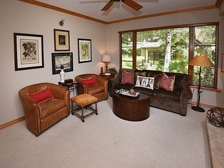 Hit the ski slopes on the nearby Arrow Bahn Express Lift, or the golf course at