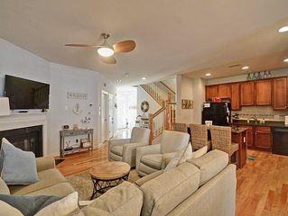 newer to the rental market! Beautiful New Town-home with great amenities!