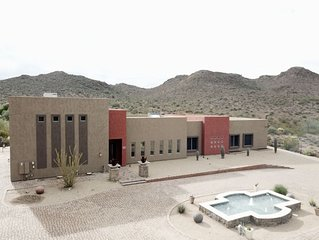 60+5 Stars/Sleeps 26/5800 FT/Private Oasis Estate/Pools Fountains/Theater