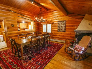 Authentic Norwegian Log Home minutes from Sugarbush