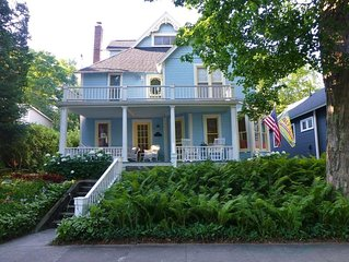 Beautifully Renovated Victorian Cottage in Historic Bay View