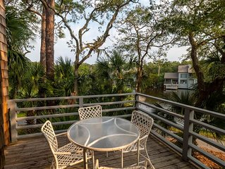 4355 Windswept: Beautiful Lagoon Views and Only a 3 Minute Walk to the Beach