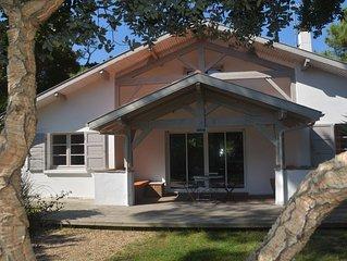 Belle villa 200m de la plage de la Gravière, tout confort, jardin 1000m2 clos