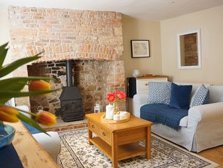Blue House  - sleeps 5 guests